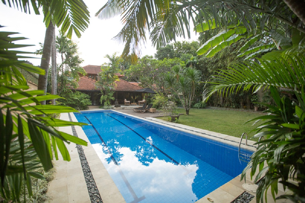 villa moro seminyak for Rent